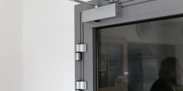 dek-system,čipové otvaranie dverí
